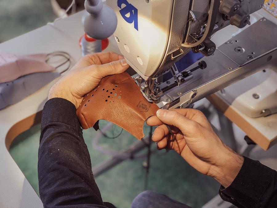 Comment procéder pour la fabrication de petits objets en cuir ?